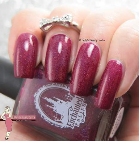 enchanted-polish-holiday-2015-swatch