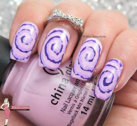 purple-tie-dye-nail-art
