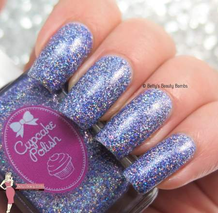 cupcake-polish-believe-swatch