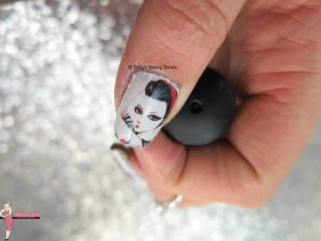 pin-up-girl-water-decals