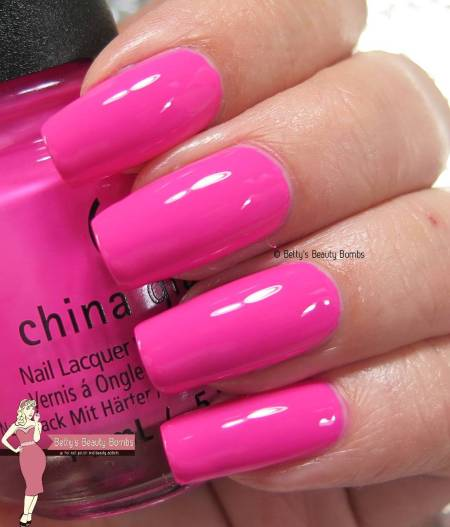 china-glaze-i'll-pink-to-that-swatch