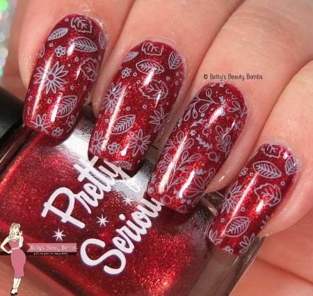 it-girl-stamping-plate-ig111