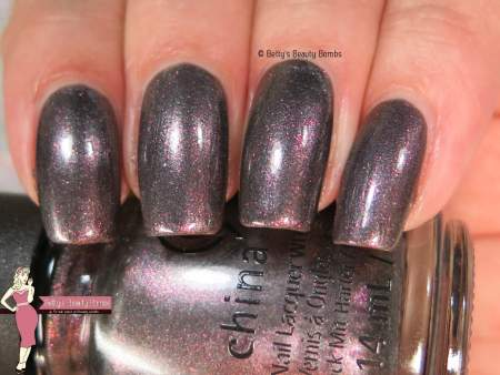 china-glaze-heroine-chic-swatch