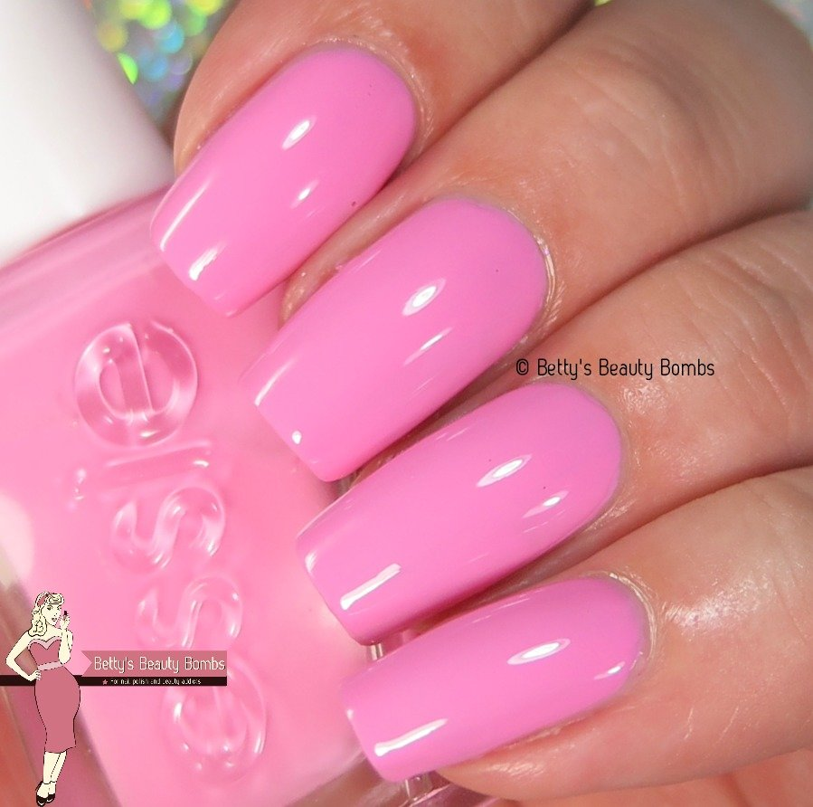 Essie Gel Couture Review Lazy Betty
