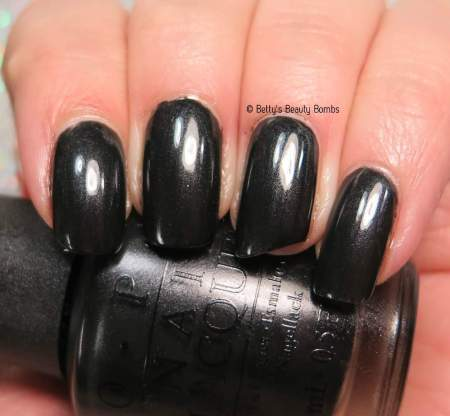 opi-black-dress-not-optional