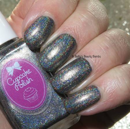 cupcake-polish-grace-holo