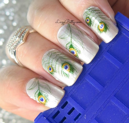 color-street-nail-wraps-peacock-throne