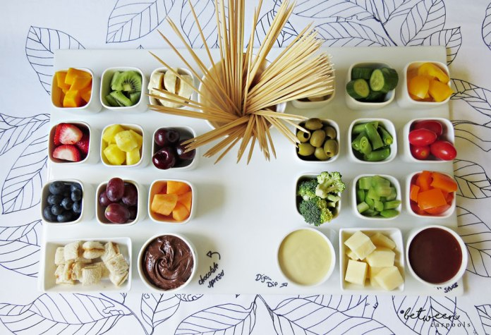 Fruit & Veggie Dipping Board