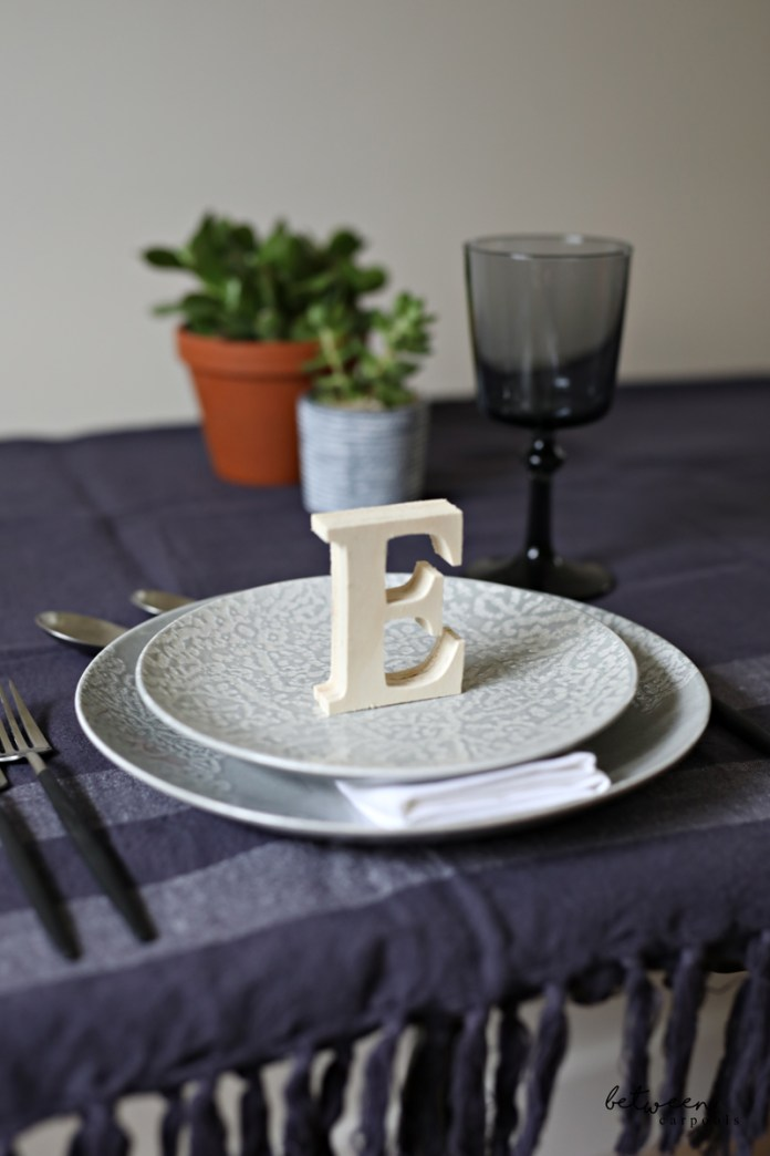 5 Creative and Easy Place Card Ideas for Your Chanukah Party [deck:] Make guests feel special (while making your table look amazing too!) By Renee Muller for Betweencarpools.com