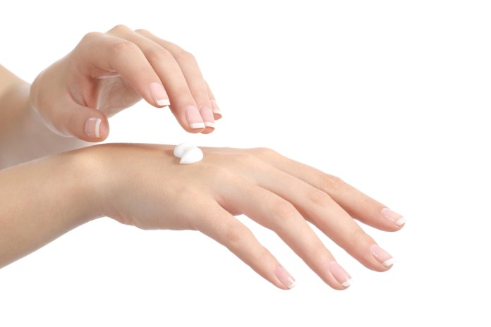 How to cure dry hands. Winter dry hands. Remedy for dry skin and hands