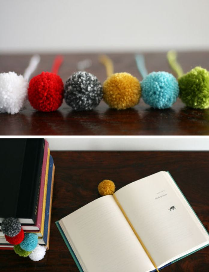 pom pom bookmarks DIY