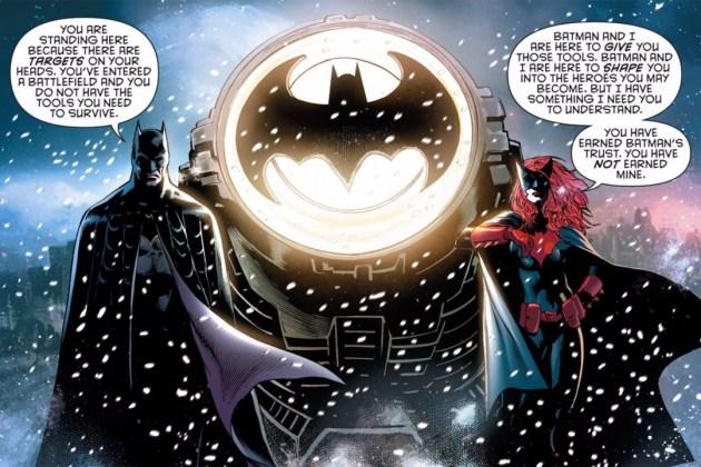 Detective Comics - Batman & Batwoman scene