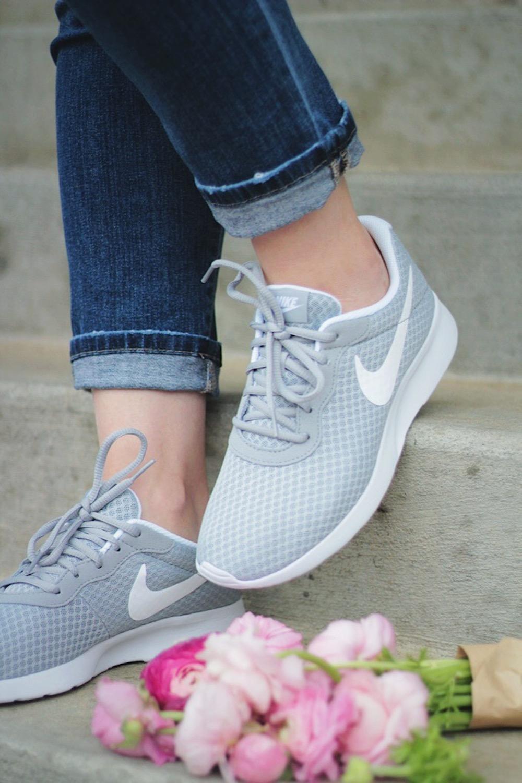 nike shoes fashion blogger