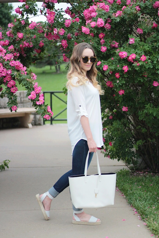 white lush tunic and saint laurent tote fashion blogger