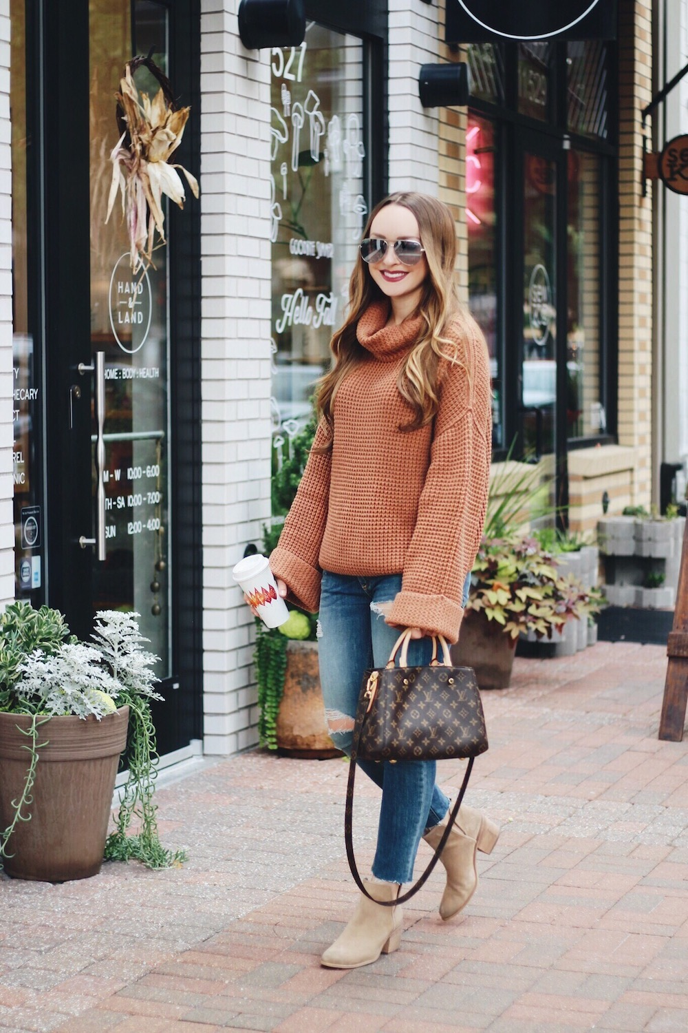 fall sweater outfit rachel puccetti between two coasts