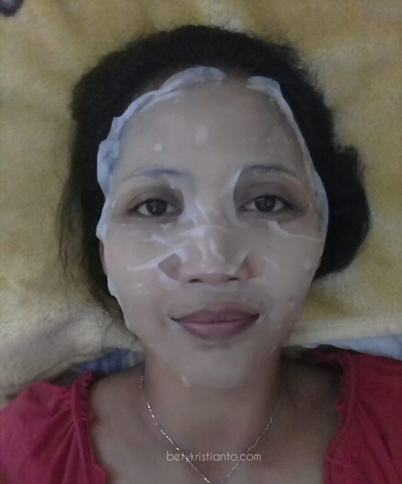 Emina Masquerade Sheet Face Mask