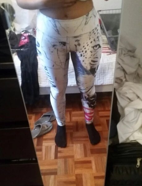 Snow Leopard Leggings photo review