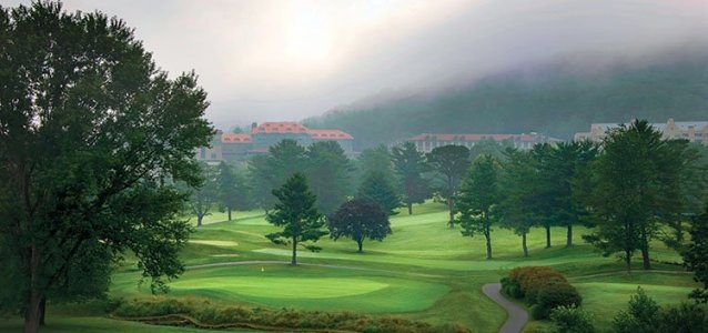 Swing for the Smokies: Golf at the Omni Grove Park Inn