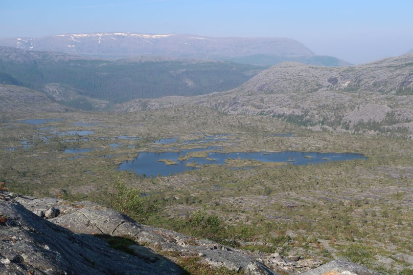 View from Breivatnan to Lomsdalen