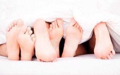 Åbent parforhold: Fordele, udfordringer og hvordan I starter