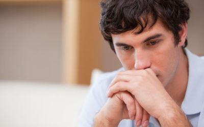 """Utro mand i dilemma efter kærestebrud: """"Hun vil have mig tilbage, men ved ikke, hvor meget jeg er utro!"""""""