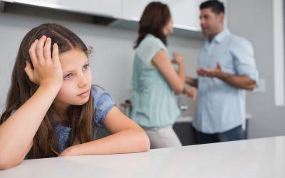 """Moden kvinde i magtkamp med kærestens datter: """"Han prioriterer sin 12-årige datter højere end mig!"""""""