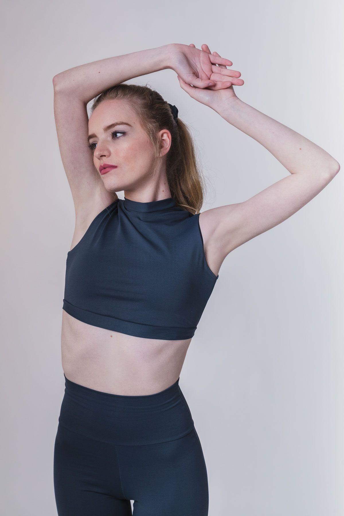 sujetador deportivo basico gris yoga barcelona
