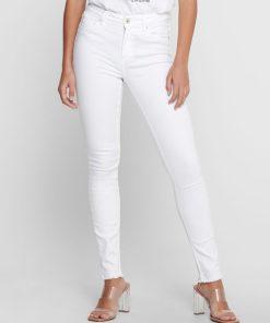 Jean blanc skinny only frangé sur le bas.