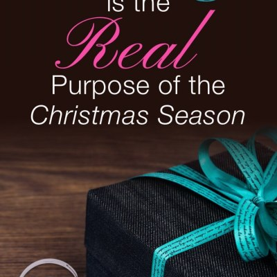 Gift box symbolizing that giving is the real purpose of the Christmas season
