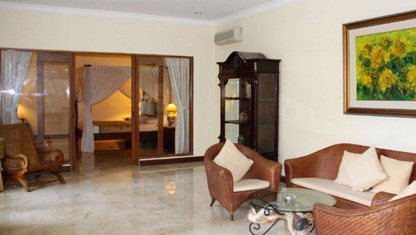 プリバンブーホテル、ジンバラン地区3泊4日$280