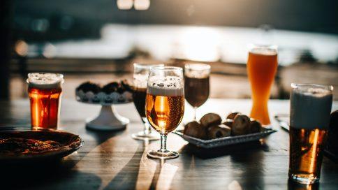 Mehrere unterschiedliche Biersorten