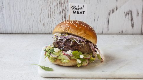 Burger von Rebel Meat