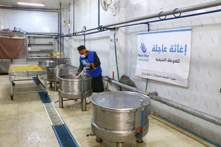 إغاثة عاجلة للمحاصرين في الغوطة الشرقية