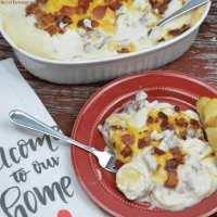 Hard-boiled egg and bacon breakfast casserole combines sliced hard-boiled eggs, crumbled bacon, a white sauce and cheese for the best brunch recipe. #Breakfast #Eggs #Casserole #Bacon