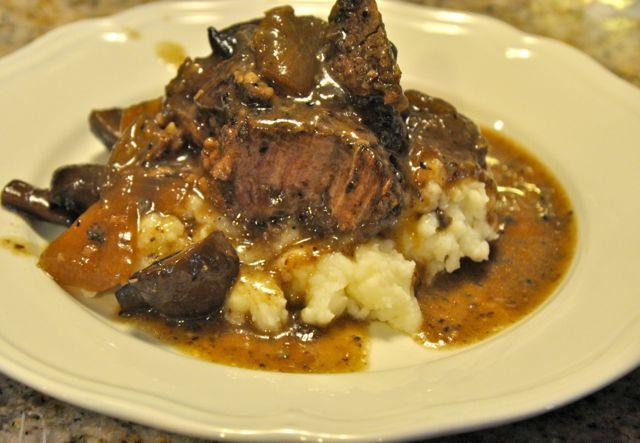 crock pot chuck roast with red wine