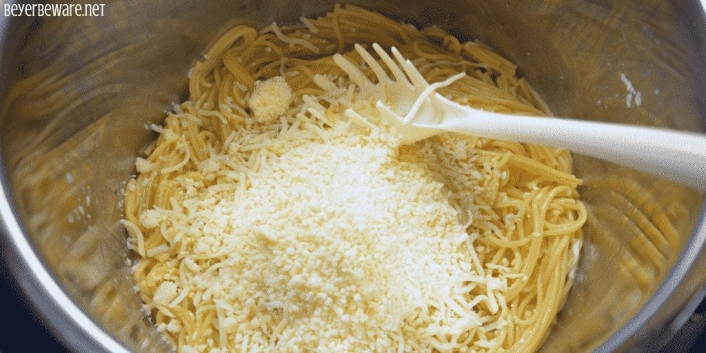 Cheesy Instant Pot Pasta is a creamy spaghetti noodle side dish that goes perfect with grilled chicken or meatballs. #Instantpot #Pasta #Spaghetti