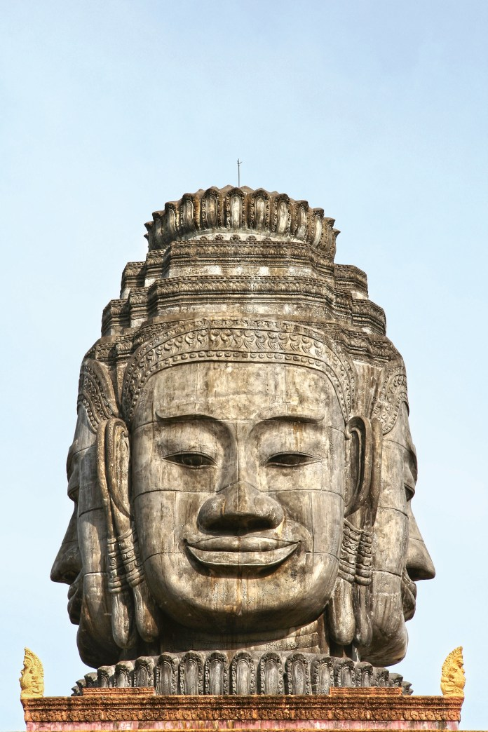Carved-faces-of-Buddha-in-Cambodia