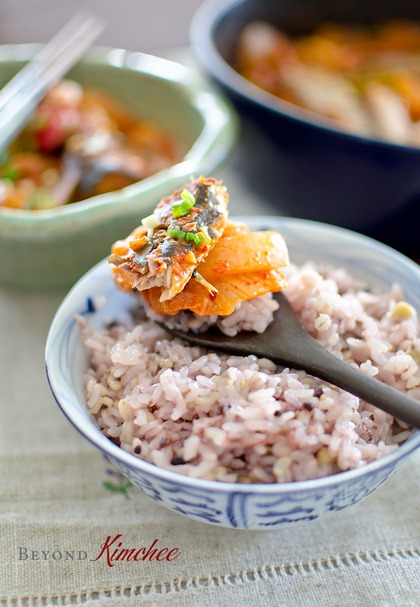 Canned mackerel pike is wonderful to cook with kimchi in stew