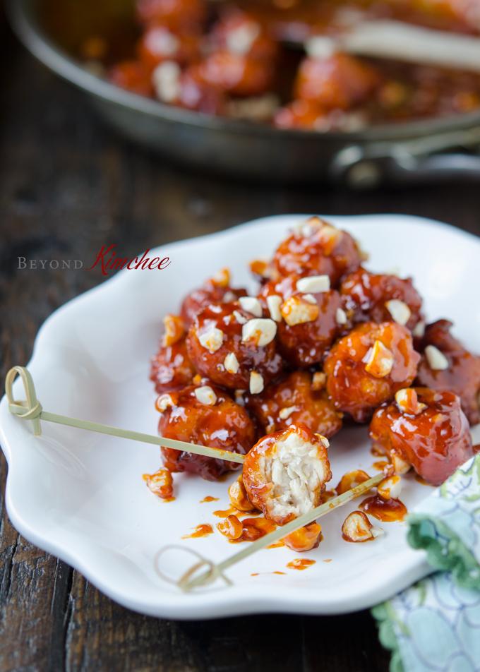 Crispy Chicken Nuggets, Dak Gang-jeong