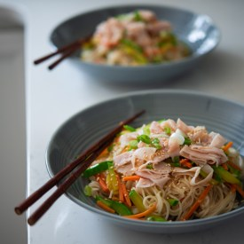 One Pot Korean Noodles and Vegetables