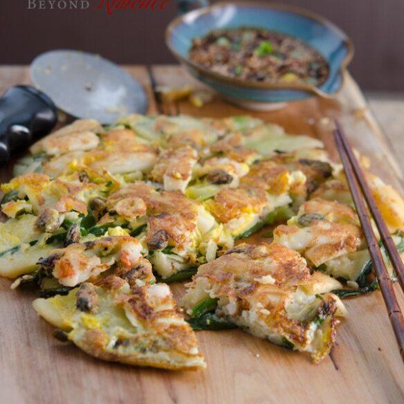 Korean scallion pancakes with dipping sauce