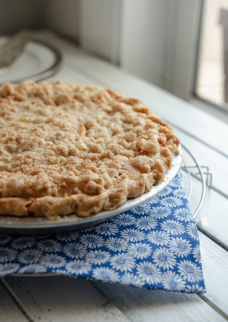 Peach and creamy custard pie is absolute delicious, especially with the crunchy streusel topping