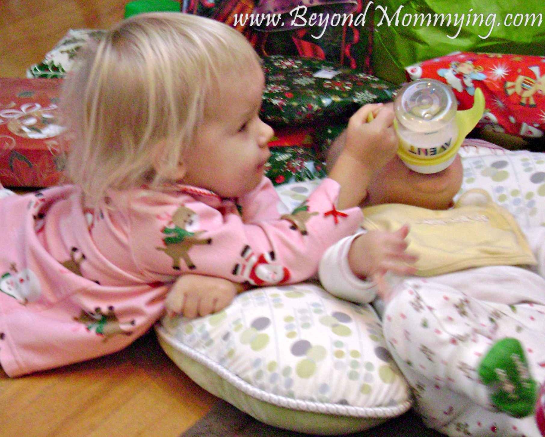 10 ways to use a boppy pillow beyond