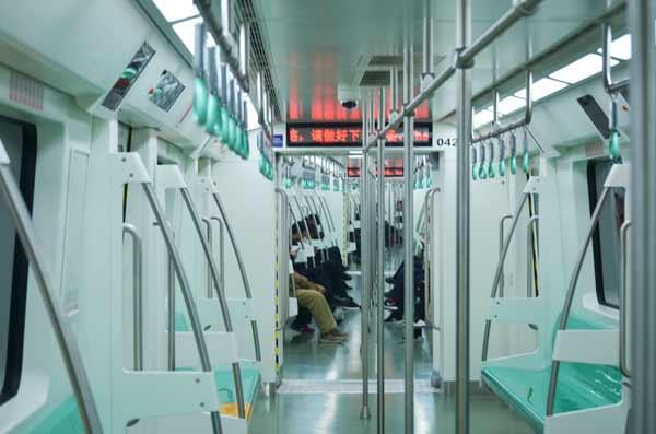 xian-china-subway-train