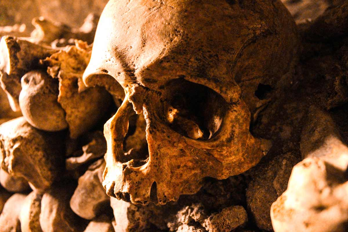 a-guide-to-paris-catacombs-in-france-europe