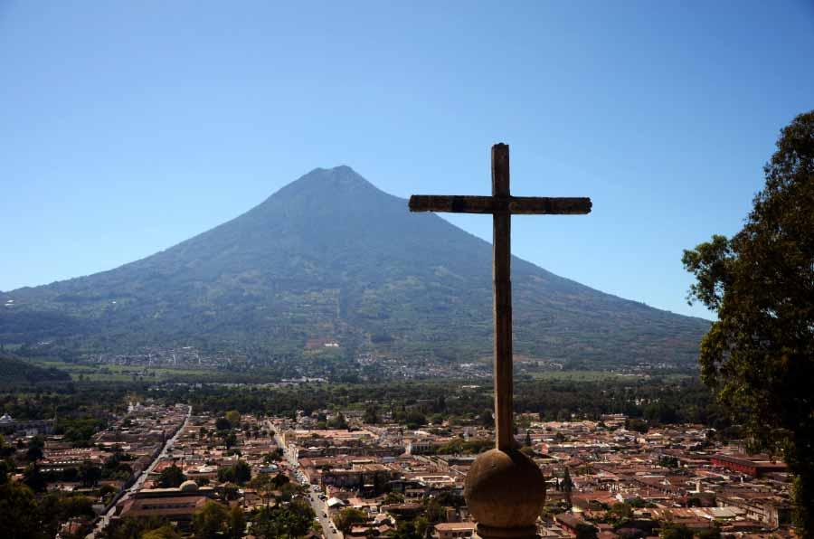 Cerro-de-la-Cruz-antigua-guatemala