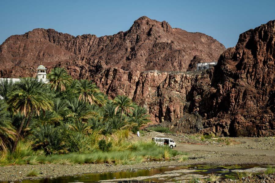 wadis-in-oman-wadi-dima