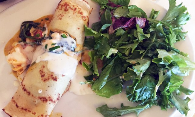 Crepes and a good book - The Little French Bistro by nina george