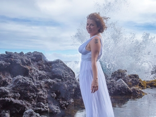 Hawaii Portrait epic solo woman photo kehana beach pahoa breaking wave