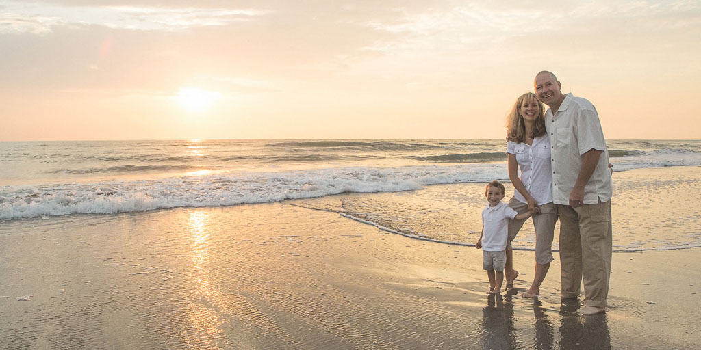 Hawaii Portrait family beach photo professional photographer